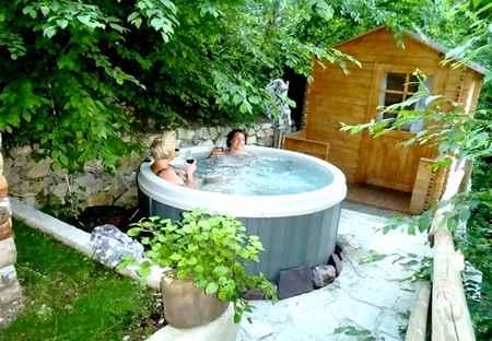 jacuzzi-séjour-bien-être-alpes-Alpes-Maritimes