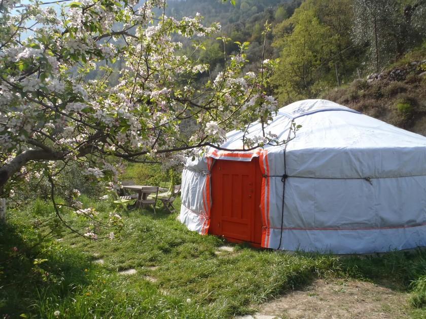 yourtes Breil sur Roya Alpes Maritimes